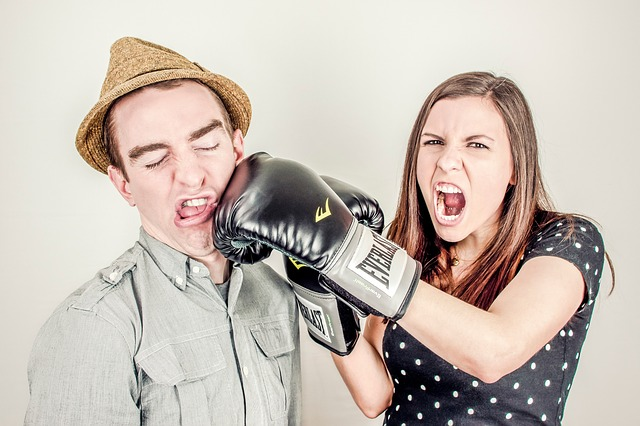 žena se hádá s partnerem, zlost.jpg