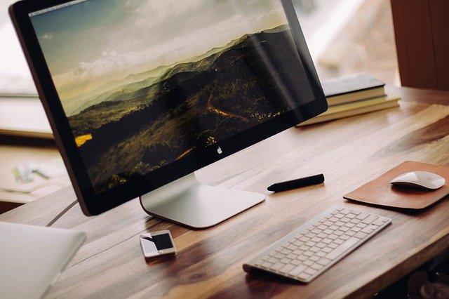 stolní počítač Apple