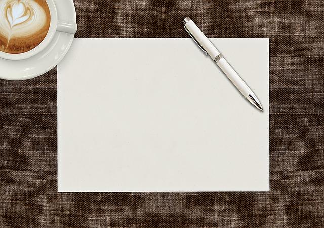 papír s perem